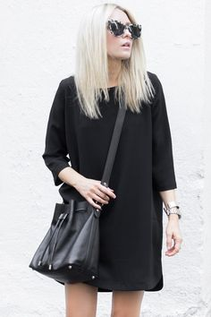justthedesign: Best All Black Outfits: Figtny is wearing a 3056 black tunic dress with an Oak And Fort sweater Black Tunic Dress, All Black Outfit, Black Outfits, Casual Outfits, Summer Outfits, Thing 1, Mode Chic, Back To Black, Wearing Black