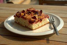 Lemon Poppy Sheet Cake For All Ages - DessertsTime - All About Desserts Sheet Cake Recipes, Sheet Cakes, Cake Name, Happy Birthday Cakes, Baking Tips, Banana Bread, Lemon, Nutrition, Cooking