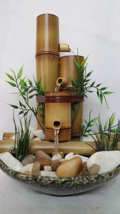 One well-known and timeless home component is the DIY bamboo handicraft. To realize the easy and unique DIY bamboo crafts that you want, one of the first steps Bamboo Fountain, Diy Water Fountain, Indoor Water Fountains, Tabletop Fountain, Fountain Ideas, Waterfall Fountain, Indoor Fountain, Diy Bamboo, Bamboo Art