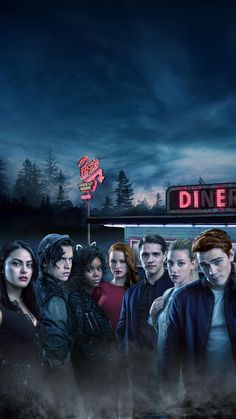 Cole Sprouse with the cast of Riverdale Riverdale Netflix, Riverdale Cw, Riverdale Funny, Riverdale Memes, Riverdale Season 1, Riverdale Cheryl, Riverdale Wallpaper Iphone, Riverdale Poster, Riverdale Veronica