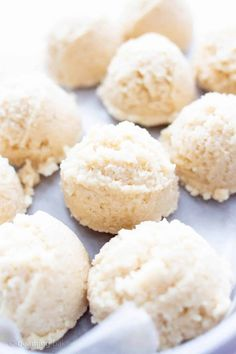 4 Ingredient No Bake Coconut Macaroons (V, GF): a one bowl recipe for perfectly sweet no bake macaroons bursting with coconut flavor. #Paleo #Vegan #GlutenFree #DairyFree #NoBake #Dessert | Recipe on BeamingBaker.com