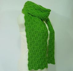 Knit scarf, 100% Wool long knit scarf, knit shawl, unisex scarf, chunky Knit scarf in green, cozy, knit scarves