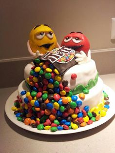 M&m M And S Cakes, Anti Gravity Cake, M M Candy, Cooking Cake, Recipes From Heaven, Love Cake, Cute Cakes, Beautiful Cakes, Sweet 16