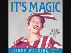Dinah Washington (Ruth Lee Jones) fue una cantante estadounidense de rhythm and blues, jazz y blues que nació el 29 de agosto de 1924. Conocida por apelativos como La reina del blues, Queen D o Miss D, se trata de una de las mejores y principales voces femeninas de la música negra.