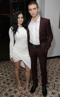 Ariel Winter & Laurent Claude Gaudette from Oscars 2016: Party Pics  TheModern Family star brings her boyfriend to the DJ night bash.