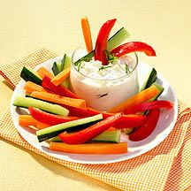 Gemüsestifte mit Quark-Dip