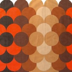 Single vintage curtain with retro pop circles design