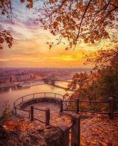 Autumnal sunrise in Budapest & Hungary. Photo by The post Autumnal sunrise in Budapest Hungary. Wonderful Places, Beautiful Places, Beautiful Live, Beautiful Sunset, Places To Travel, Travel Destinations, Travel Stuff, Nature Sauvage, Landscaping Images