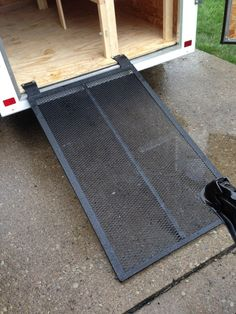 How do troops keep their troop trailers organized? Check out five great examples. 5x8 Trailer, Trailer Ramps, Work Trailer, Trailer Build, Cargo Trailers, Utility Trailer, Trailer Organization, Trailer Storage, Truck Storage