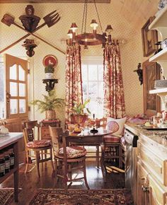 Beautiful french country dining room design and decor ideas (18) French Cottage, French Country House, French Country Decorating, Country Homes, Kitchen Decor, Decorating Kitchen, French Style, Cottage Homes, Wall Decor