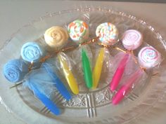 Washcloth and onesie lollipops