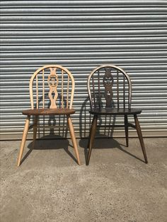 Ercol Fleur de lys dining chairs one sanded back to blonde the other vintage original colour. Ercol Dining Chairs, Ercol Chair, Painted Wood Chairs, Modern Cushions, Paint Ideas, Painting On Wood, Restoration, Colour, The Originals
