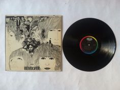 The Beatles - Revolver_Vinyl Record LP_Capitol Rainbow_(ST 2576)