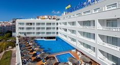 Hotel Lagos de Cesar by Blue Sea Puerto de Santiago Blue Sea Hotel Lagos de Cesar enjoys a fantastic location only 400 metres from Tenerife's Black Sand Beach, and near the Los Gigantes cliffs. It offers an outdoor swimming pool and terrace.