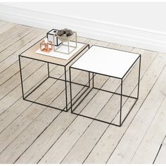 Twin 35 Table