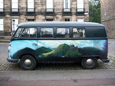 Mural painted VW Bus