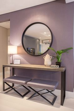 [New] The Best Home Decor (with Pictures) These are the 10 best home decor today. According to home decor experts, the 10 all-time best home decor. Bedroom Wall Colors, Living Room Colors, Room Wall Decor, Home Decor Bedroom, Entryway Decor, Living Room Decor, Diy Home Decor, Entryway Tables, Foyer Furniture