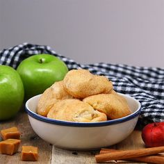 Caramel Apple Pie Bombs are an Explosion of Flavor Your family is going to go crazy for these delicious Caramel Apple Pie Bombs! They're full of yummy apple pie flavor and are so simple to Apple Desserts, Cookie Desserts, Apple Recipes, Easy Desserts, Sweet Recipes, Dessert Recipes, Easy Sweets, Party Recipes, Fruit Recipes
