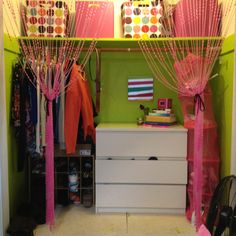 Cute closet storage idea