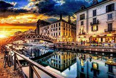 Nice sunset over Milan Naviglio. One of the best place to take a cocktail with friends.  Un bel tramonto sopra Milano Naviglio. Uno dei migliori posti dove gustarsi un cocktail con gli amici. #through_italy #italy #italia #igersitalia #romanticplace #placetobe #italianplace #bestvacation #vacation #placetovisit #relax #italian #madeinitaly #europevacation #tripinitaly #visititaly #trip #travel #travelmore #travelgram #navigli #milan #milano #igersmilano #cocktail #happy by through_italy