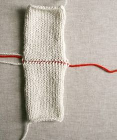 Three-Needle Bind Off - Knitting Crochet Sewing Embroidery Crafts Patterns and Ideas! Bind Off Knitting, Knitting Help, Knitting Stiches, Craft Patterns, Stitch Patterns, Crochet Patterns, 3 Needle Bind Off, Purl Bee, Knitting Projects