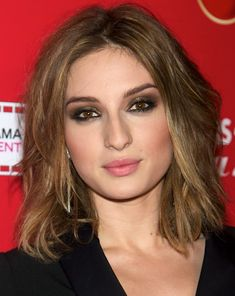 Maria Valverde's Shaggy Hairstyle for Square Face Shape
