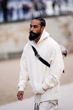 Jerry Lorenzo is seen attending Louis Vuitton during Men's Paris Fashion Week wearing cream hoodie and pants on January 2019 in Paris, France. Get premium, high resolution news photos at Getty Images Mode Masculine, Bearded Tattooed Men, Bearded Men, White Outfit For Men, Abercrombie Men, Red Wing Boots, Tattoo Man, Beard Tattoo, Mode Inspiration
