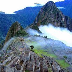 Machu Picchu, Peru. Follow @epic.travels for more.  Photo by @MThiessen