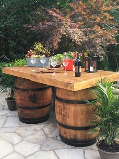 Skirted table top for 2 barrels. Whiskey Barrel Table, Wine Barrels, Barrel Table Diy, Wood Barrel Ideas, Wine Barrel Diy, Tonneau Bar, Barrel Projects, Wine Barrel Furniture, Backyard Patio Designs