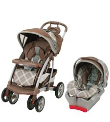 Nova's stroller and carseat