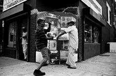 Brooklyn-Street-Art-WEB-Carlito-Brigante_-Jan-2010-3851984587_e34f040f28_o.jpg (1400×931)