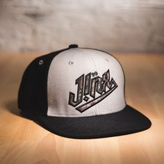 J!NX CAMO PREMIUM SNAP BACK HAT Gamer Gifts, Snap Backs, Cool Gifts, Camo, Guys, How To Wear, Fashion, Camouflage, Moda