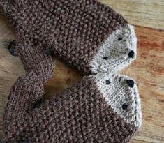 Igelhandschuhe 2 – Knitting For Beginners 2020 Crochet Pullover Pattern, Crochet Gloves Pattern, Mittens Pattern, Baby Knitting Patterns, Crochet Patterns, Crochet Baby, Knit Crochet, Diy Accessoires, Patterned Socks