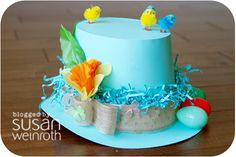 Easter hat made by Susan Weinroth For more Easter craft pins see; http://pinterest.com/cleverclassroom/easter-art-and-craft/