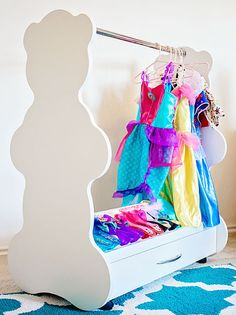 Dress up mobile closet fun way for your little princess to display her costumes fashionable yet inexpensive.  http://acebabyfurniture.com/