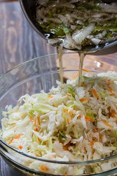 Sweet Vinegar Coleslaw Vegan Coleslaw vegan coleslaw without mayo Coleslaw With Vinegar Dressing, Sweet Vinegar Coleslaw Recipe, Sweet And Sour Coleslaw Recipe, Oil And Vinegar Coleslaw, No Mayo Coleslaw, Creamy Coleslaw, Soup And Salad, Pasta Salad, Pickling