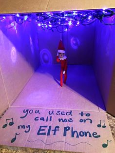 Parents Pose Kids' Elf on the Shelf Like Drake in His 'Hotline Bling' Video