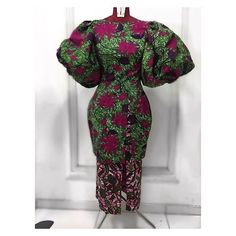 I Really like african fashion African Fashion Ankara, Latest African Fashion Dresses, African Dresses For Women, African Print Dresses, African Print Fashion, Africa Fashion, African Attire, African Wear, African Outfits