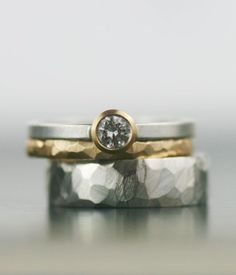 silver-and-gold-wedding-ring-set