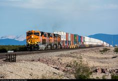 RailPictures.Net Photo: BNSF 7198 BNSF Railway GE ES44C4 at Bagdad, California by Peter Wright