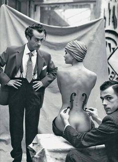 Mark Arbeit - Man Ray and his model, 1930