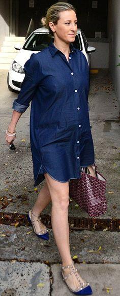 Roxy Jacenko in Valentino shoes - Maternity Style. (March 2014)