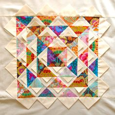Lotus Mandala Quilt - love the use of prairie points as texture