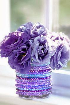 Vasinho decorado com pulseiras - *DECORAÇÃO e INVENÇÃO*