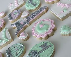 Sugar Bea's Blog: Paris Valentine Cookies {and a cookie swap!}