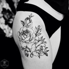 tattoo thigh flower