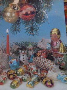 Staré vianočné ozdoby Vintage Postcards, Childhood Memories, Nostalgia, Christmas Ornaments, Projects, Painting, Pictures, Weihnachten, Vintage Travel Postcards