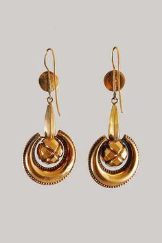 9k-12k Rose Gold Repousse Long Drop Earrings,ca. 1840 | In the Swan's Shadow
