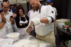Gabriele Bonci è tornato con i nuovi corsi di pizza amatoriale a Roma. Nuovi corsi e nuova sede (Alice Pizza in zona Gregorio VII ...