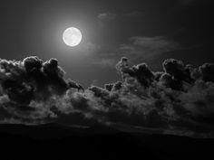l'indiscusso fascino della notte